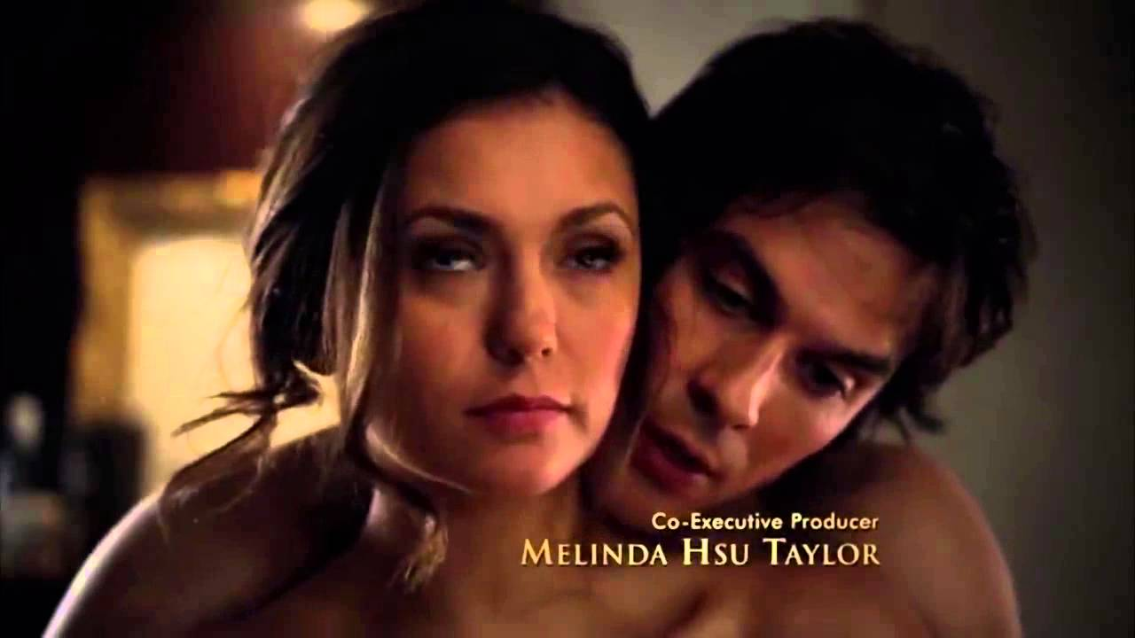 vampire diaries elena and damon hook up