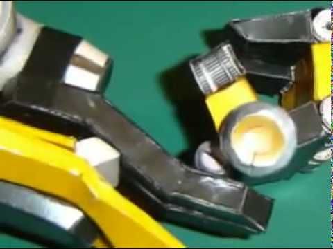 Papercraft Transformers Bumblebee paper model.flv