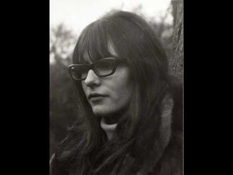 Giles, Giles & Fripp feat. Judy Dyble - I Talk to the Wind