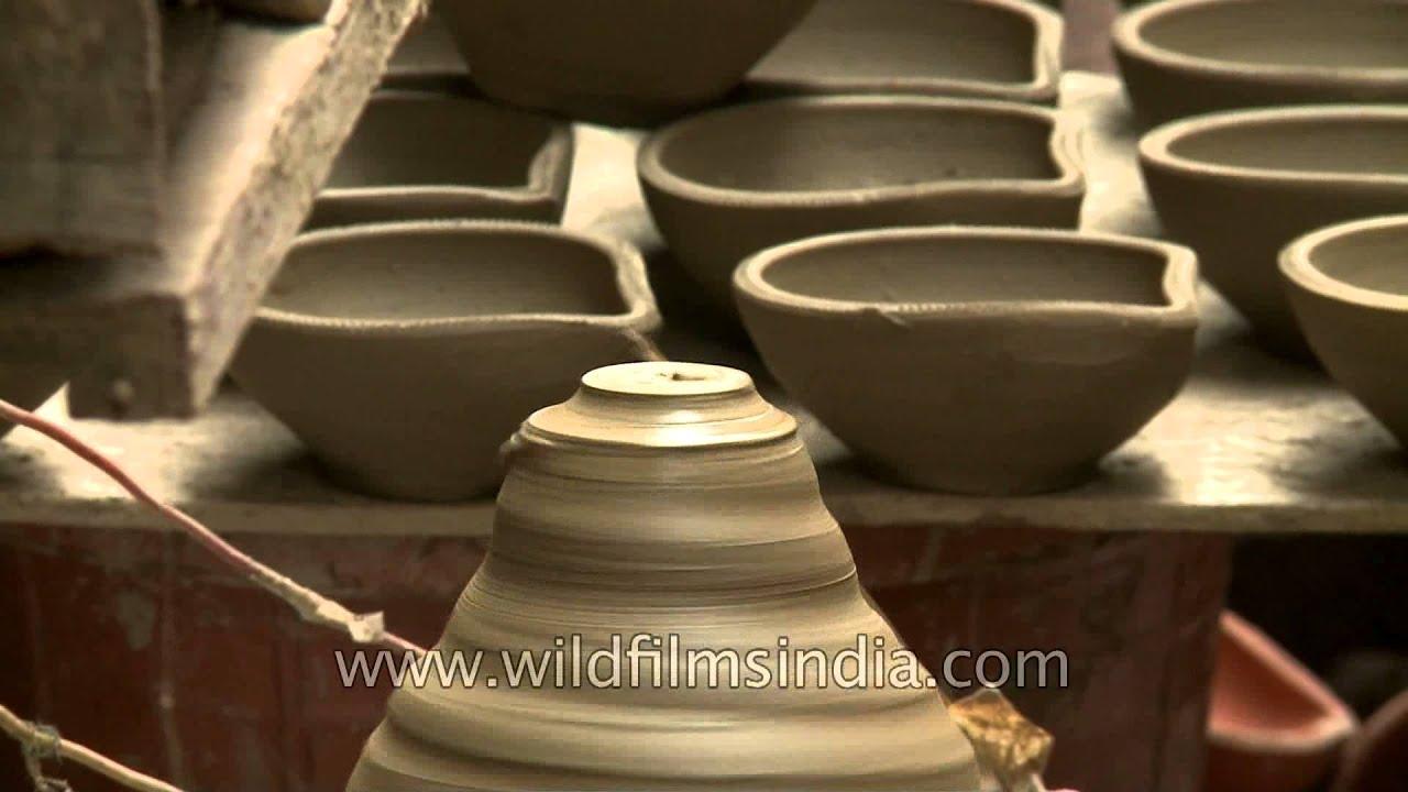 How to make clay Diwali diyas - Pottery at Paharganj, Delhi - YouTube