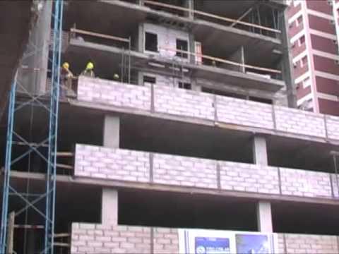 Recorrida por obras del plan procrear 124 viviendas youtube for Plan procrear viviendas