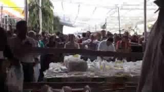 Video Jise Pee ke Sari Duniya Tere Daar Pe Jhoomti Hai download MP3, 3GP, MP4, WEBM, AVI, FLV September 2018