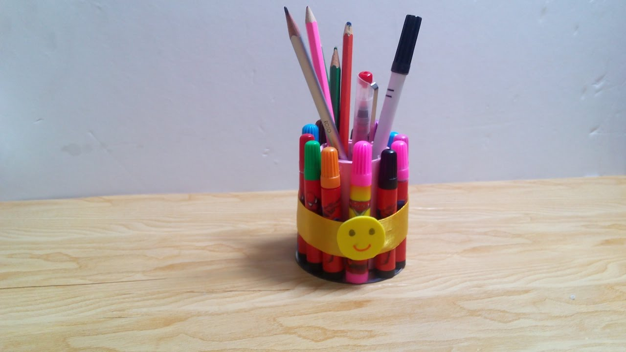 diy crafts how to make pencil holder out of old colored pens tutorial youtube. Black Bedroom Furniture Sets. Home Design Ideas