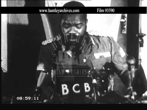 Chukwuemeka Odumegwu-Ojukwu, Biafran commander.  Archive film  93590