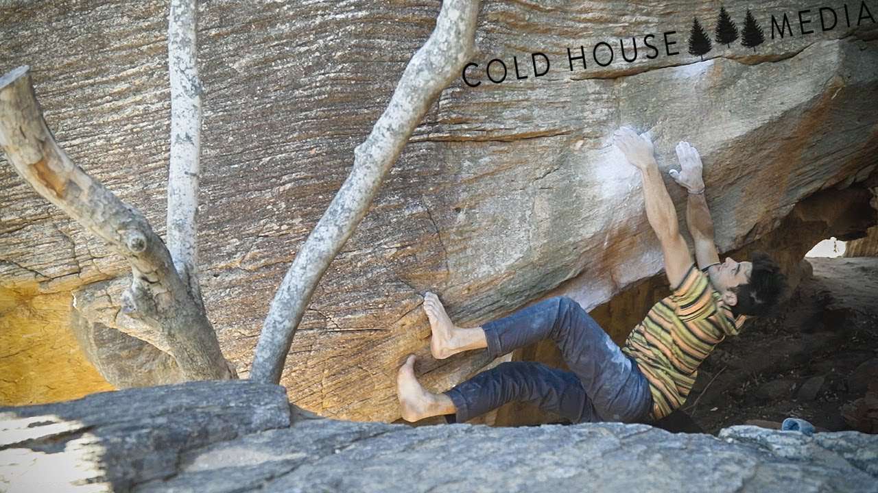 Why Is Josh Climbing Barefoot In Rocklands? || Cold House Media Vlog 059