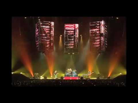 Muse - U.S.A. National Anthem + Interlude + Hystreria (Live from Seattle)