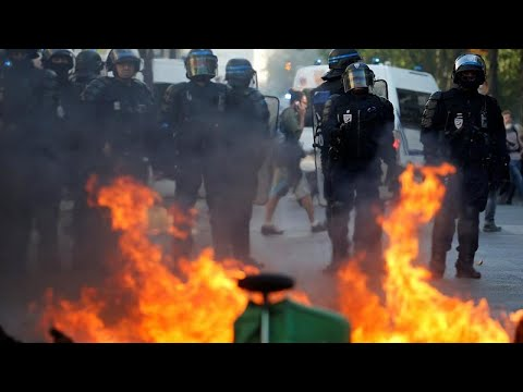 euronews (in English): Paris police fire tear gas and arrest over 100 as protest turns violent