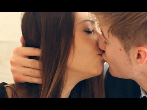 Это нужно знать чтобы классно целоваться. Если парень не умеет целоваться