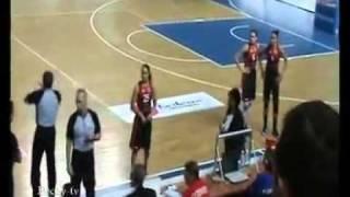 Поки Четман и игроки Спарты после матча с Надеждой