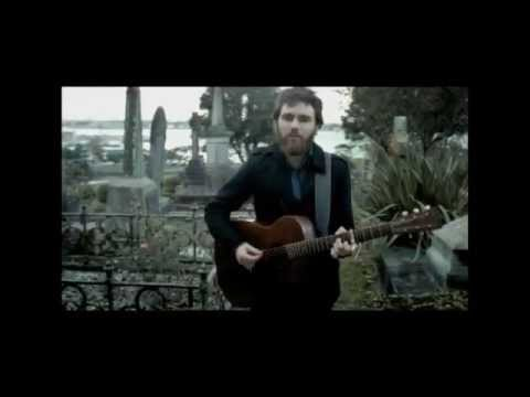 Liam Finn - Gather to the Chapel