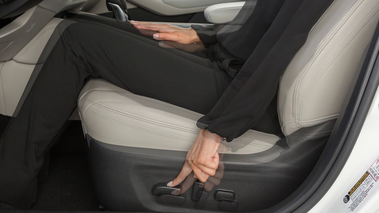 Nissan Altima: Front manual seat adjustment