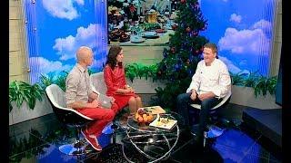 Шеф-повар Михаил Денисов: новогодний стол модно украшать еловыми ветками и живыми цветами
