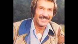 Watch Marty Robbins Do Me A Favor video