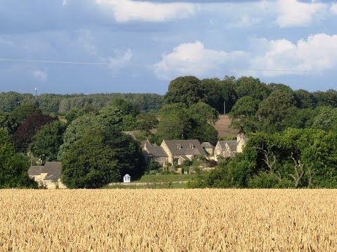 Gloucestershire Country Walk   Cotswolds   Miserden, Caudle Green and Brimpsfield round