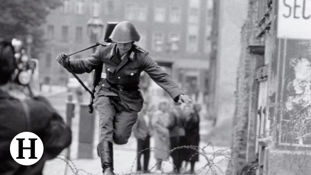 Historia jednego zdjęcia - skok przez mur berliński
