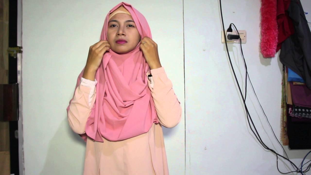 01 Tutorial Jilbab Pashmina Instan Sabrina By Hijabeer Diamond