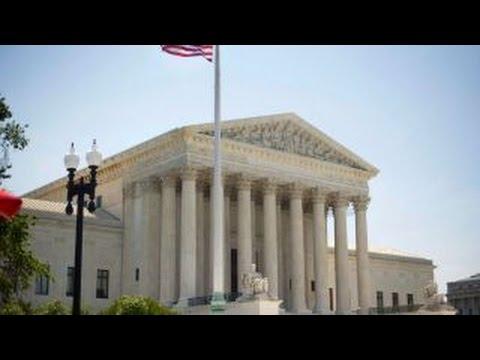Supreme Court appears split over Obama's immigration plan