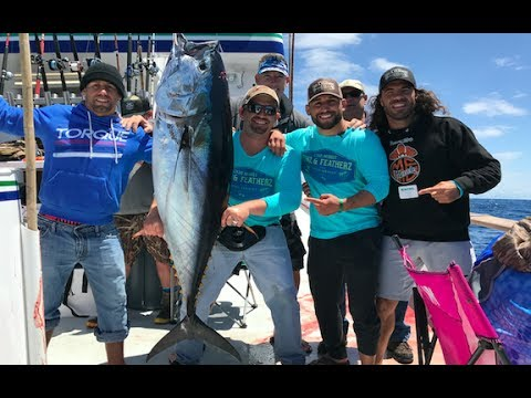 CHAD MENDES URIJAH FABER AND CLAY GUIDA CATCHING GIANT TUNA!!| FINZ AND FEATHERZ