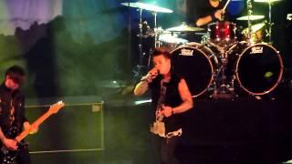 Papa Roach Tightrope Rare Live Paris Trianon 07 03 2015 HD