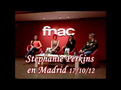 Stephanie Perkins en Madrid presentando Un beso en París