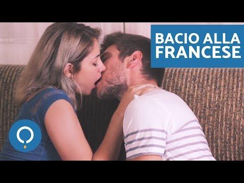 Come dare un bacio con la lingua - Bacio alla francese