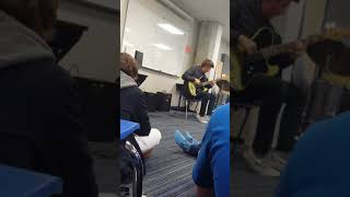 Baixar Isaac Levy playing bass for studio| when guitar players play bass