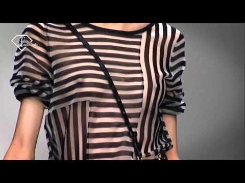 fashiontv | FTV.com - LONDON S/S 11 - JAEGER SHOW