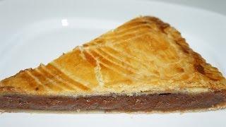 Galette des rois au chocolat CUISSON 35 MINUTES A 170° 1 litre de l...