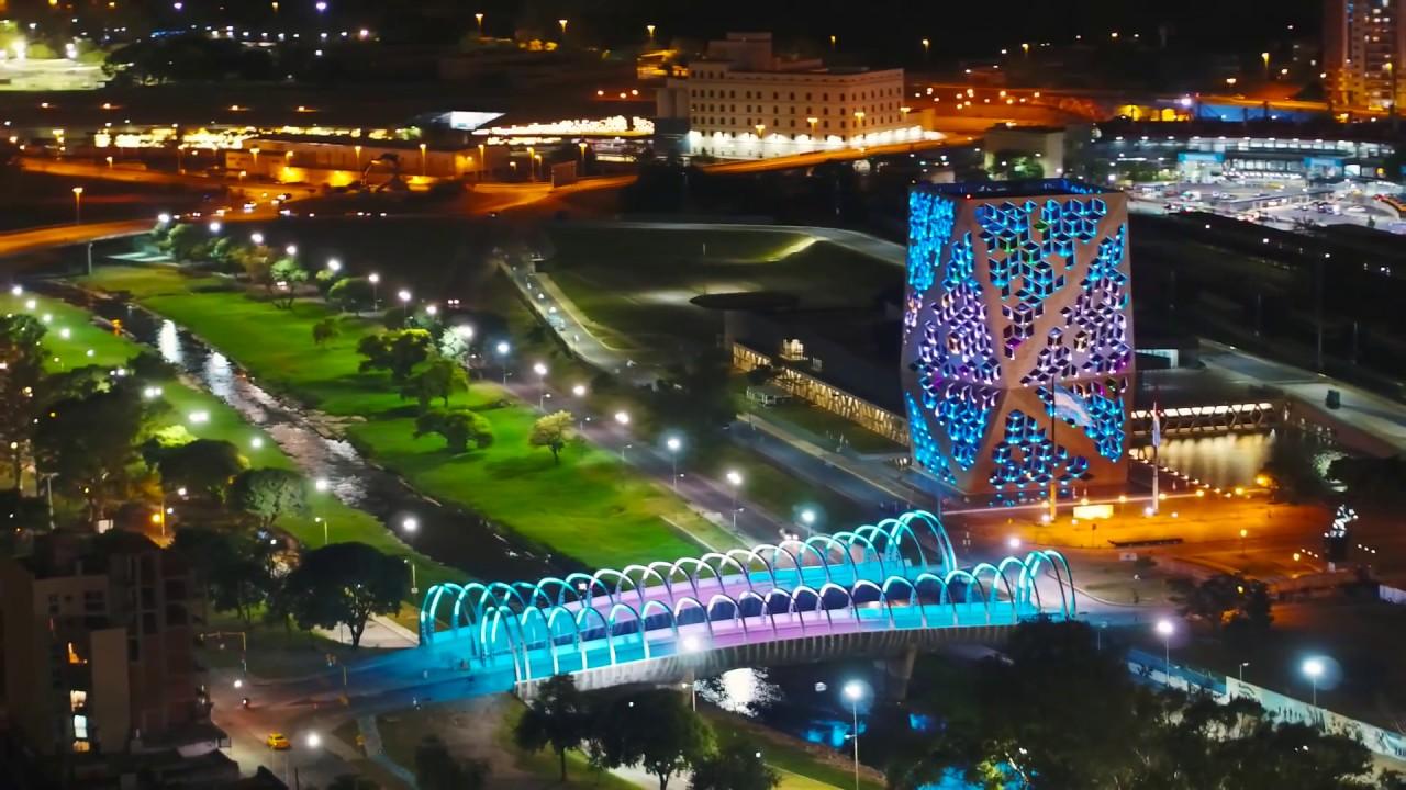 Córdoba de Noche - Vista desde el drone de Un Guaso - YouTube