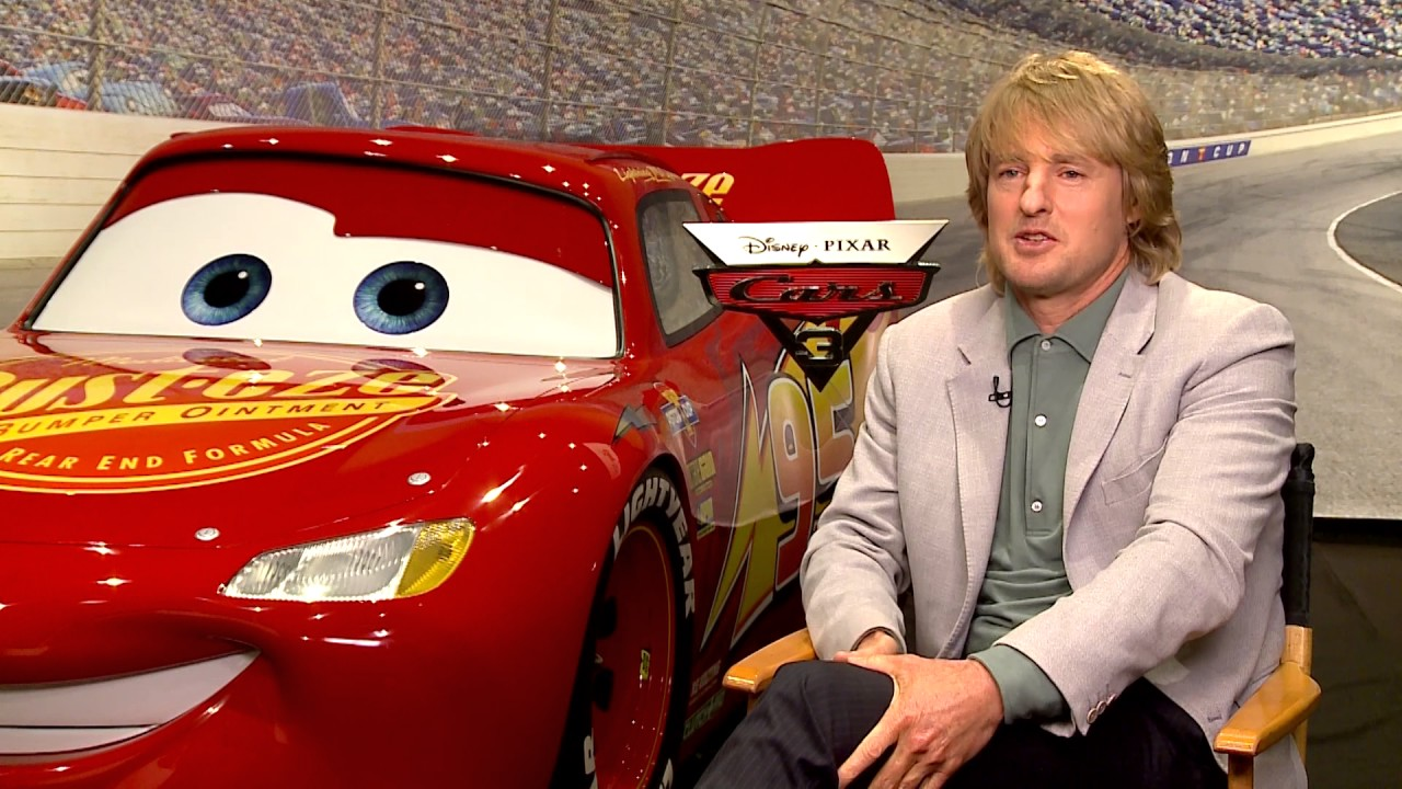 Owen Wilson Talks Voicing Lightening Mcqueen For Cars 3 Youtube