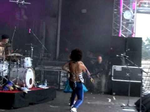 Stereo MCs: Karaoke (Backstage-Live at Splash! 2009)