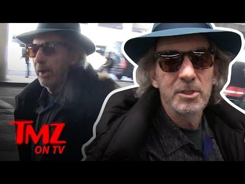 Voice Actor Harry Shearer Can MIMIC ANY VOICE! | TMZ TV