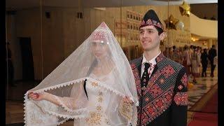 «Паха тĕрĕ». Чувашская свадьба (Константин & Вероника Пинеслу в роли жениха и невесты)