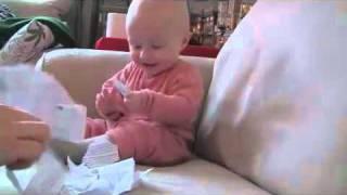 [Video] Bayi Lucu Banget_ Ketawa Ngakak ...