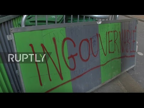 France: PS offices TRASHED in Paris as anarcho-students rail