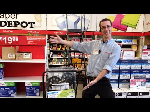 Day in the life of an Office Depot employee. (Vlog).
