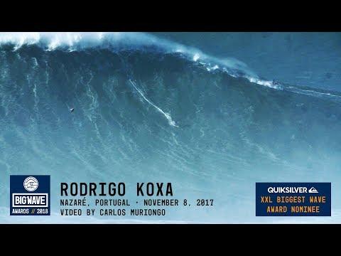 Rodrigo Koxa bate o récord mundial tras cabalgar a onda máis grande nunca surfeada