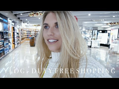 VLOG - MANCHESTER AIRPORT DUTY FREE SHOPPING | Freya Farrington