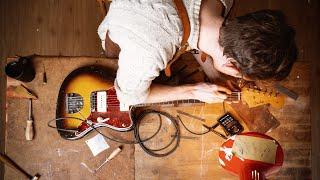 Refret and Restoration of a vintage 1960 Fender Jazzmaster