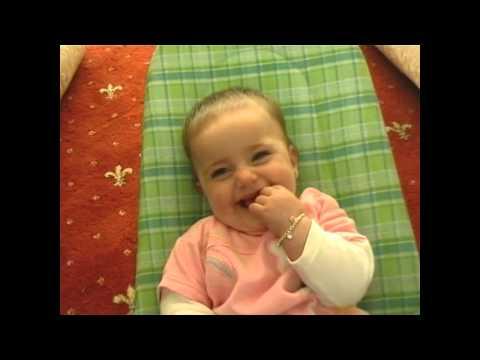 Video Bayi Unyu Unyu