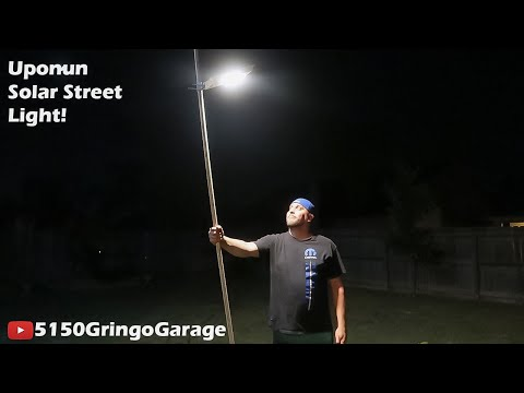 Uponun Solar Street Light