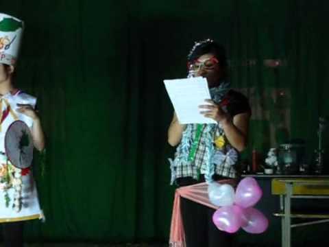 Lớp 12C- THPT Yên Lạc - Biểu diễn thời trang - Hội trại 2010