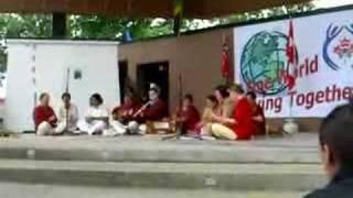Chello Sahaji - Sahaja Yogis performing
