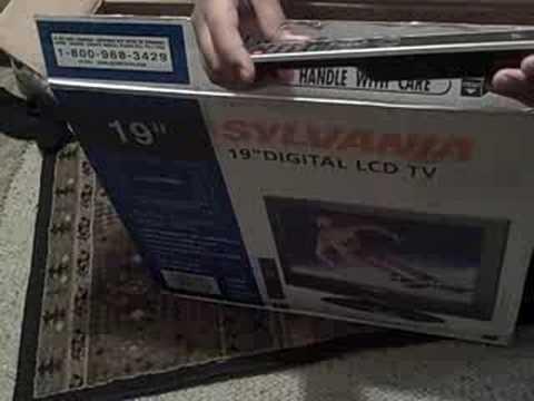 "LCD HDTV ""19"" SYLVANIA"