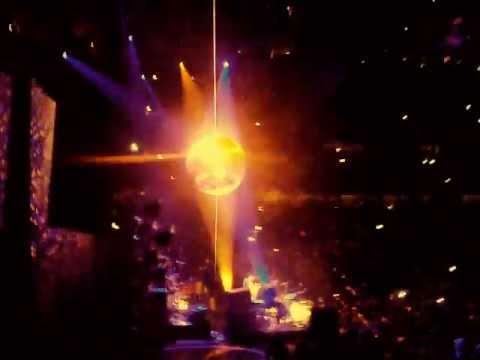 The Black Keys - Everlasting Light - Live at the United Center in Chicago