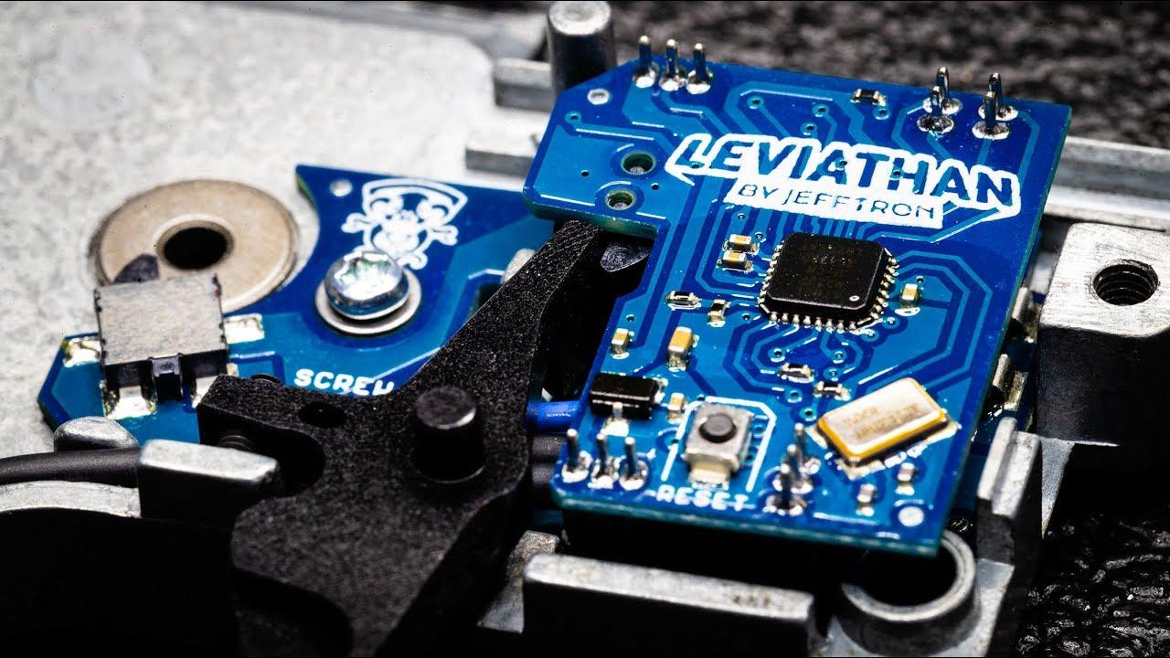 Jefftron Leviatano-V2 POSTERIORE cablato con grilletto Rosso