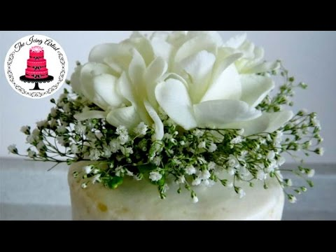 wedding cake toppers icing flowers diy real flower cake topper for 10 how to with 26498