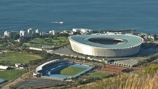 Südafrika: Hochgeklappte Sitze in den WM-Stadien