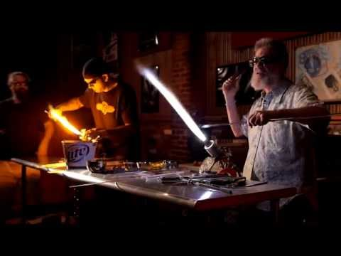 Bob Snodgrass Glassblowing Demonstration at our Benefit Event - Glass Artist Insights