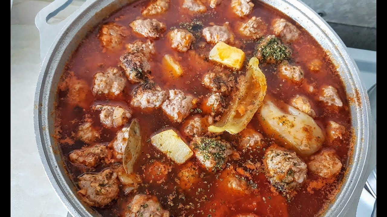 Тефтели по цыгански. Цыганка готовит суп с тефтельками. Тефтели. Gipsy kitchen.
